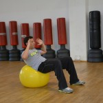 preparazione atletica per il windsurf crunch con fit-ball 2